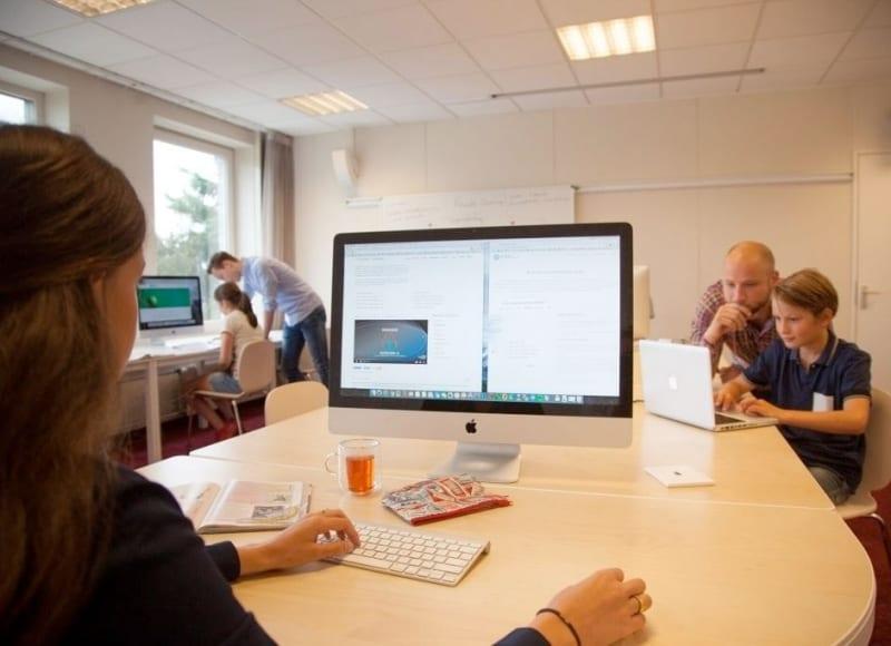 Locatie Waalre: Huiswerkbegeleiding; Moderne apparatuur